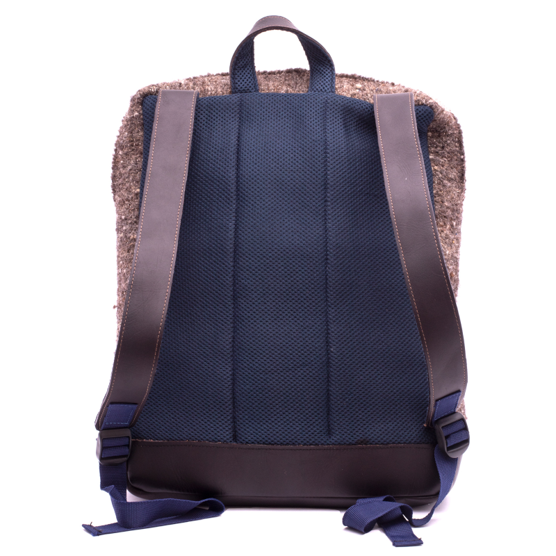 Handmade wool and leather Achiote Tierra backpack back