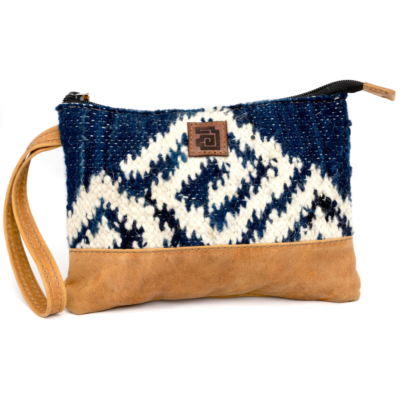Handmade natural wool and leather  pouch bag agua front