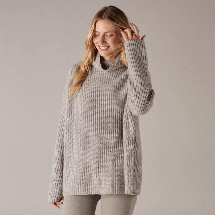 Oversized Ribbed Wool Cashmere Turtleneck Cement