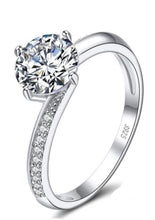 Load image into Gallery viewer, Sterling Silver 925 Solitaire Round Cut Engagement Ring