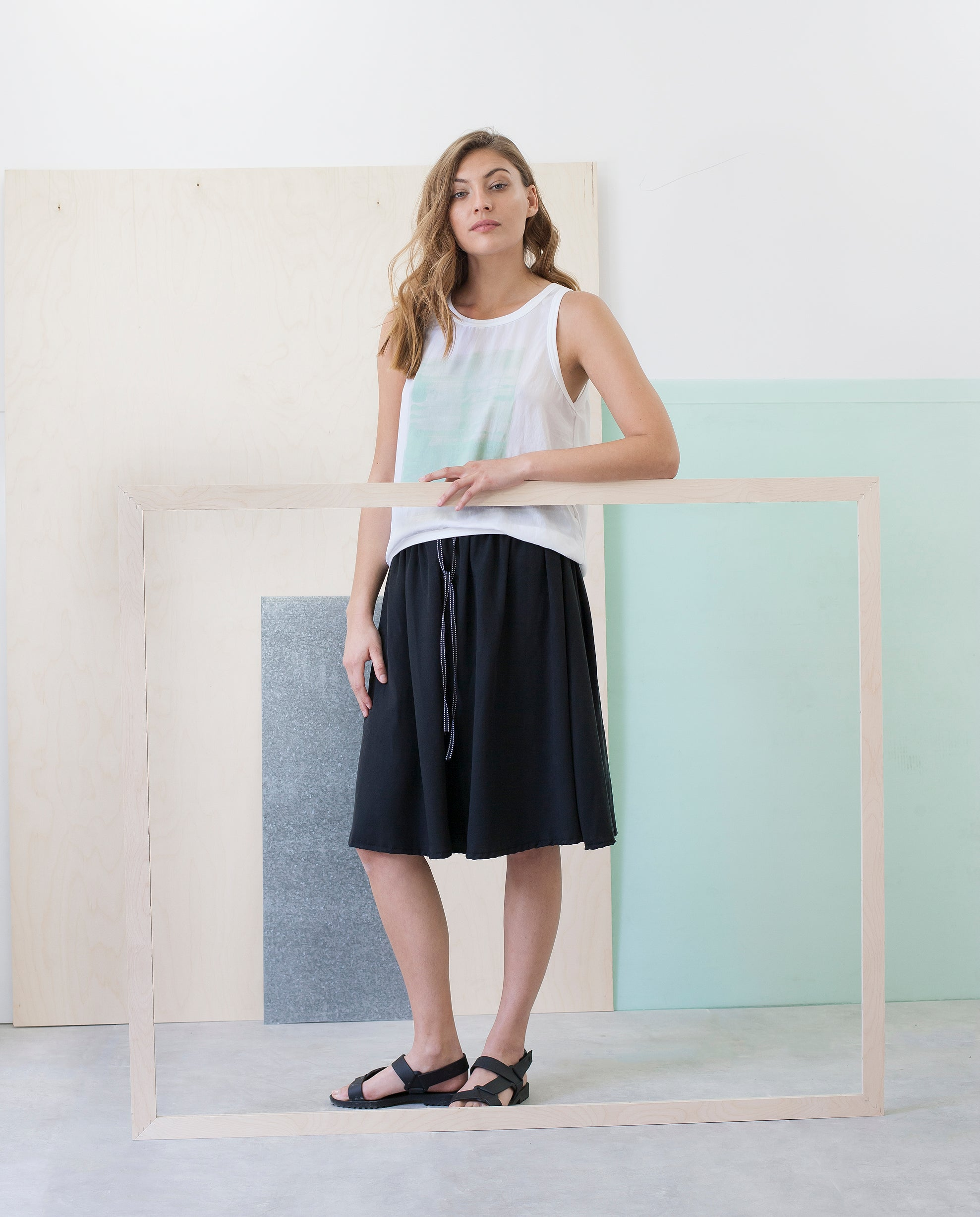 AMERICAN ABSTRACT: MINT Top