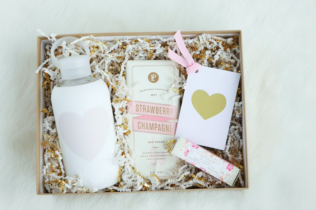 Bridesmaids Box | Engagement gift package | Mother's Day Gift Basket | Best Gifts for Mom