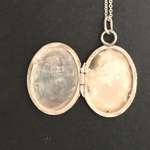 Vintage Locket necklace- medium silver oval