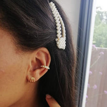 Load image into Gallery viewer, Pearl Ear cuff