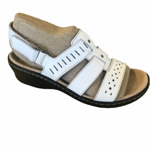 Clarks Collection Leather Cut-Out Sandal Size 5-6.5