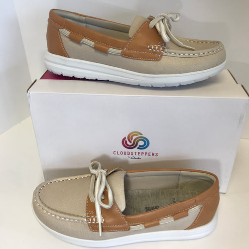Clark's CLOUDSTEPPERS Boat Shoes - 6.5 Medium - Outlet Express