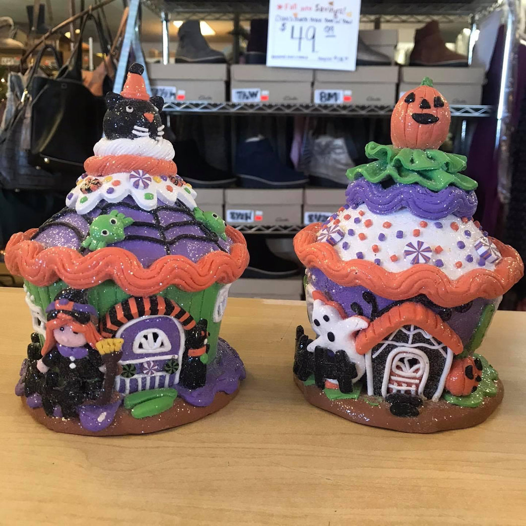 Set of 2 Halloween Cupcakes by Valerie