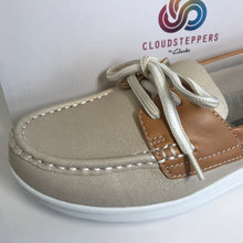 Load image into Gallery viewer, Clark's CLOUDSTEPPERS Boat Shoes - 6.5 Medium - Outlet Express
