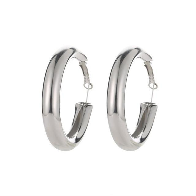 THE BIGGER THE HOOP EARRINGS - THE SUN JEWELERS