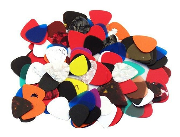 Assorted Guitar Picks  ****** 100 PICKS *******   351 style  Free Shipping.