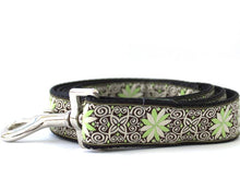 Load image into Gallery viewer, Pinwheel Dutch Spring Extra Wide Dog Collar