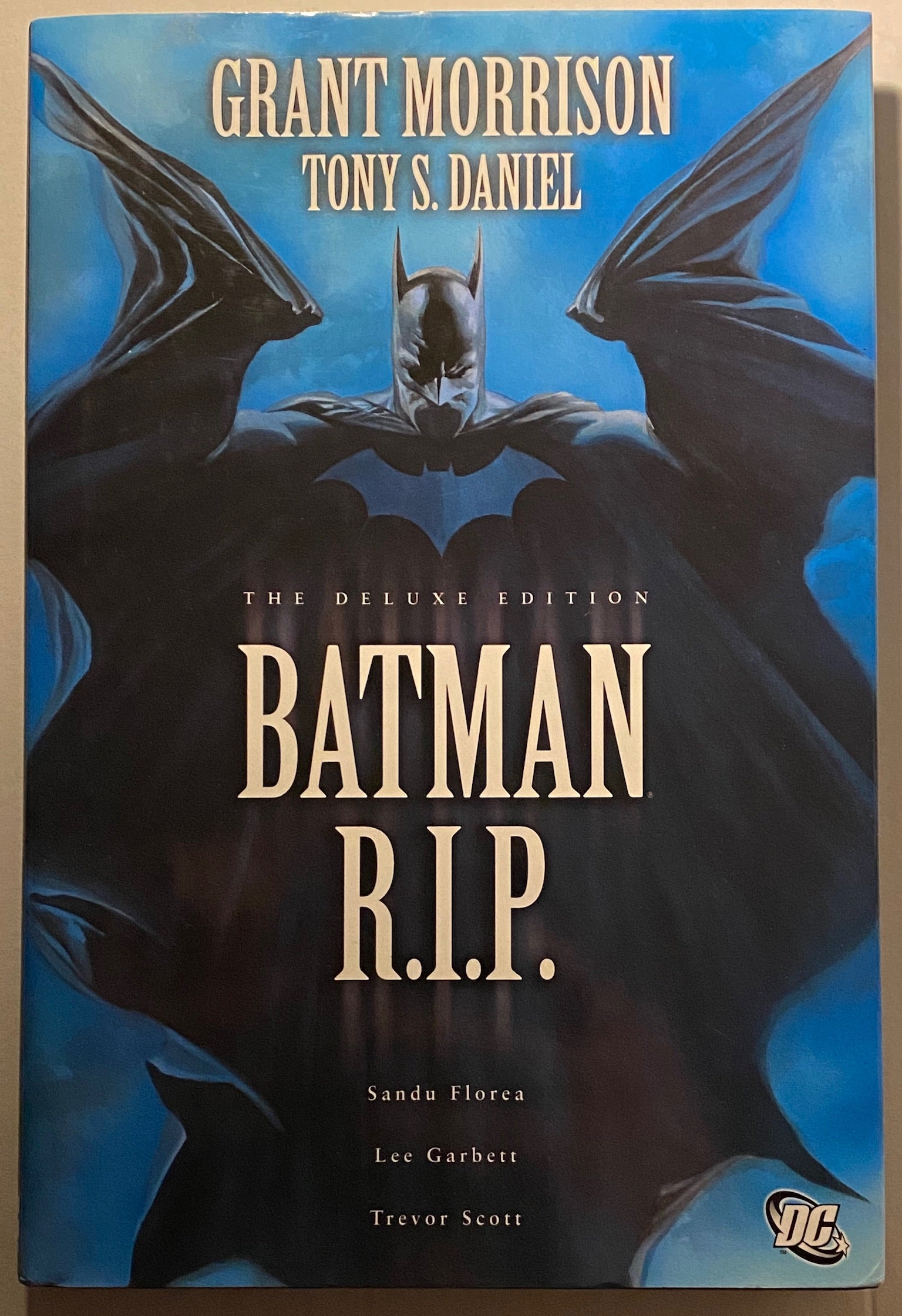 BATMAN: R.I.P. (Deluxe Edition)