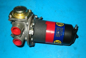 MGB FUEL PUMP 65> POSITIVE SU ELECTRONIC - INCLUDES DELIVERY
