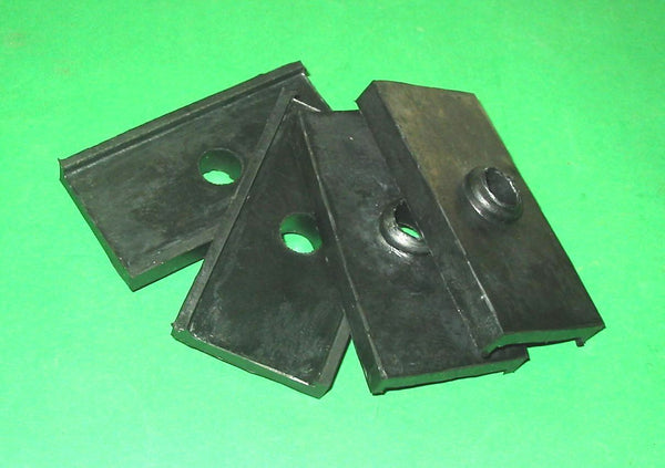 SET OF 4 - REAR SPRING PAD MGA MGB + V8 MGC ZA ZB - INCLUDES DELIVERY