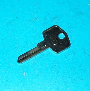 KEY BLANK FS SQUARISH HEAD PERIOD SHAPE - INCLUDES DELIVERY