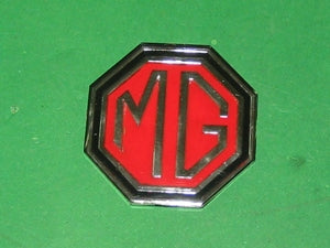 GRILLE BADGE MGBL MIDGET 1970 > 1974 OCTAGON SILVER LOGO ON RED - INCLUDES DELIVERY