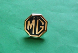 BADGE BUMPER MG LOGO MGB RUBBER NOSE GOLD - INCLUDES DELIVERY