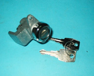 MGB GLOVE BOX LOCK SEPT 76> - INCLUDES DELIVERY