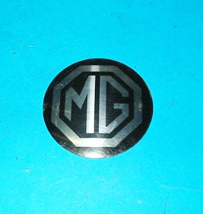 BADGE ROSTYLE WHEEL HUBNCAP MGB SILVER & BLACK - INCLUDES DELIVERY