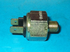 BRAKE LIGHT SWITCH MGC - INCLUDES DELIVERY