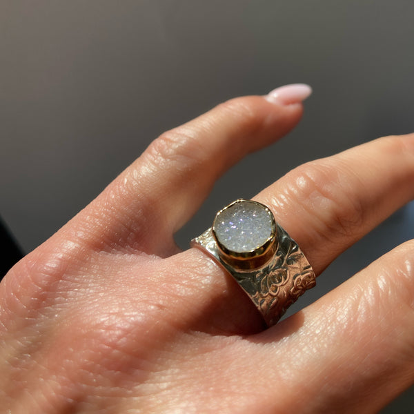 Druzy Gemstone Ring Set in 9k Gold & Silver Band