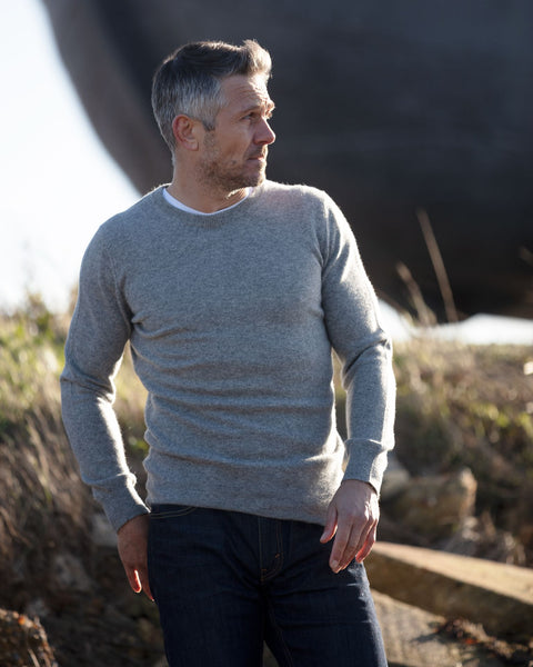 Mens Crew Neck Cashmere Jumper - Mid Grey