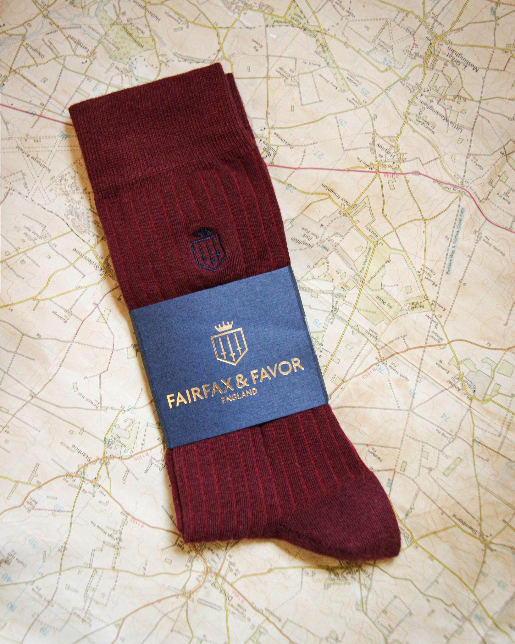 THE SIGNATURE MENS SOCK Burgundy-Fairfax & Favor