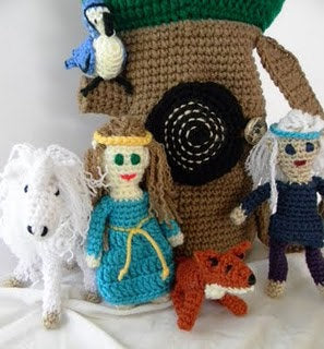 Fantasy Tree with Characters Crochet Pattern