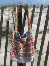 Load image into Gallery viewer, Calypso Crab Beach Bag Crochet Pattern