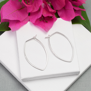 Amulet Medium Silver Petal Hoop Earrings