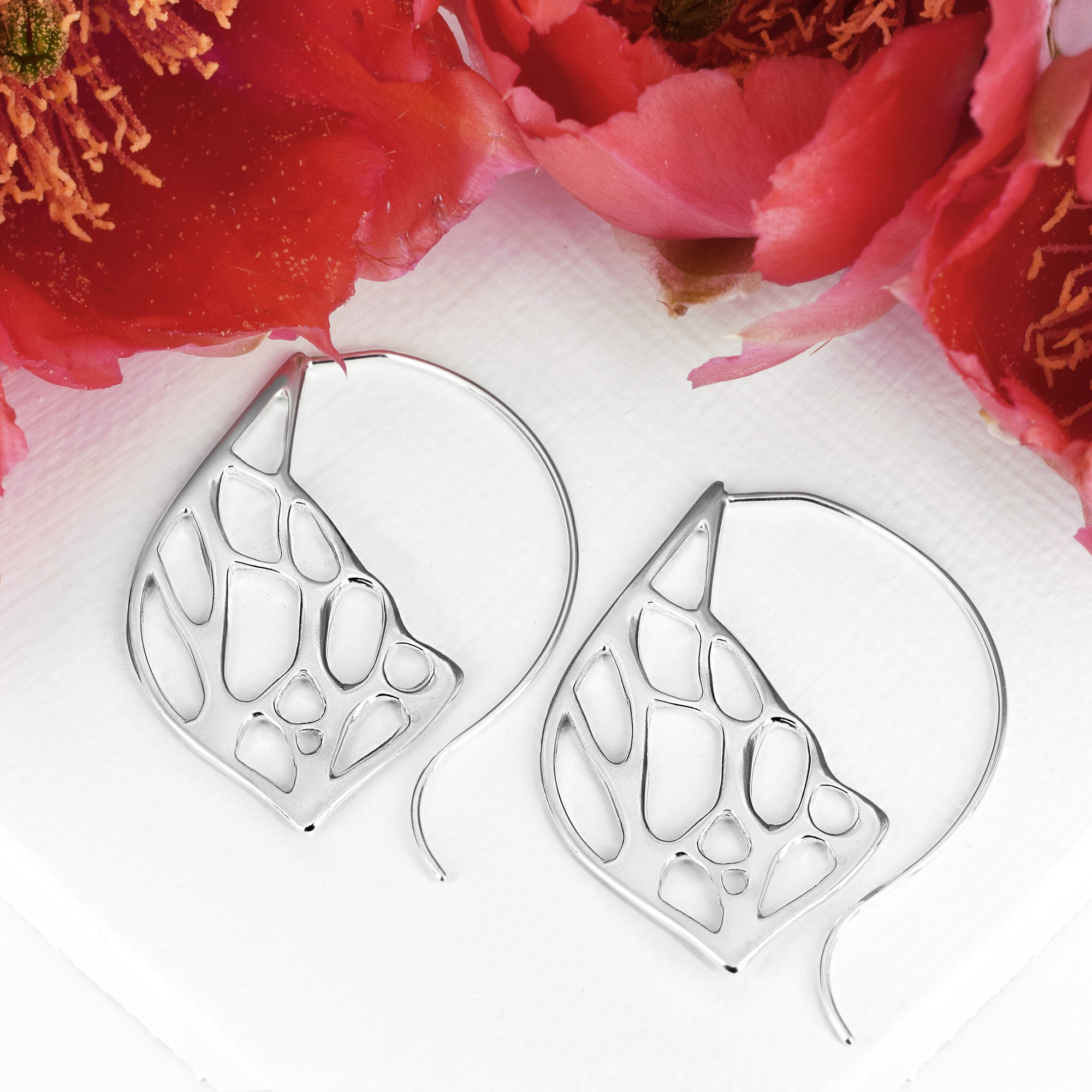 Opuntia Medium Framed Lily Hoop Cactus Earrings