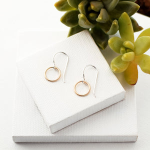 dangle gold circle earrings