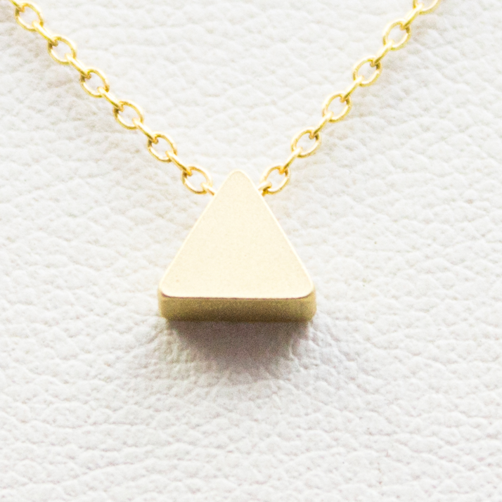3D Mini Pyramid Necklace - 18k Gold Small Triangle Pyramid Charm Necklace