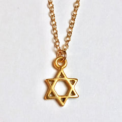 Star of David Necklace - 18k Gold Star Pendant Charm Necklace