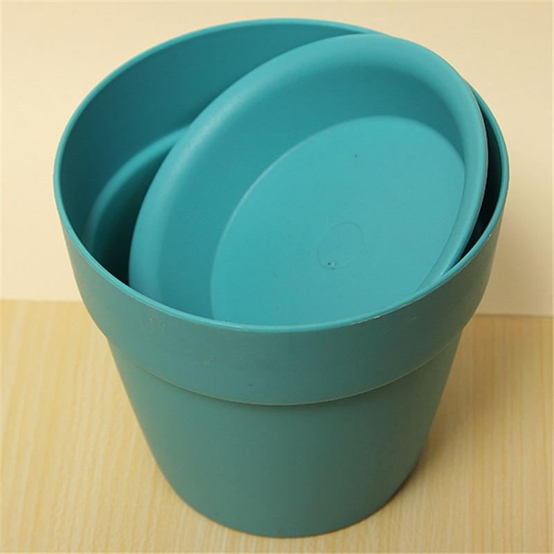 blue garden plantflower pots with tray