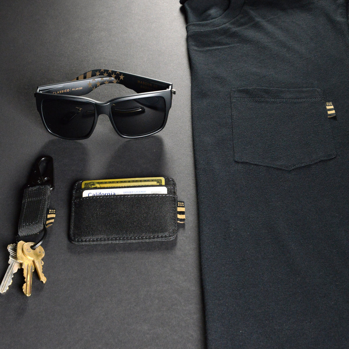 Classico Gold Flag Holiday Bundle, Pocket T, Wallet, Key Clip