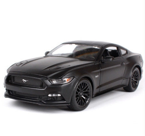 1:18 2015 FORD MUSTANG IN MATTE BLACK