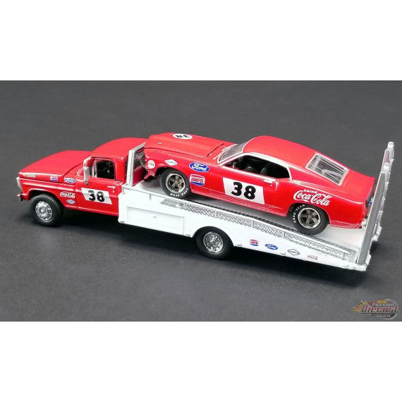 1:64 Allan Moffat - FORD F-350 RAMP TRUCK WITH no38 1969 TRANS AM MUSTANG
