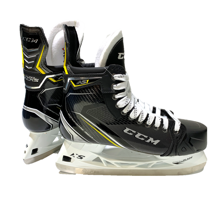 CCM Super Tacks AS1 - Senior Hockey Skates - Size 9.5 D