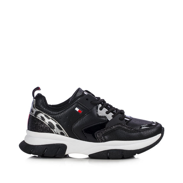 Sneakers Tommy Hilfiger nere fondo chunky e inserto animalier