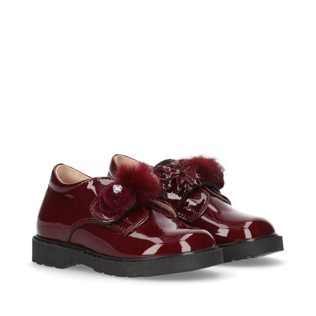 Scarpa Walkey in vernice bordeaux
