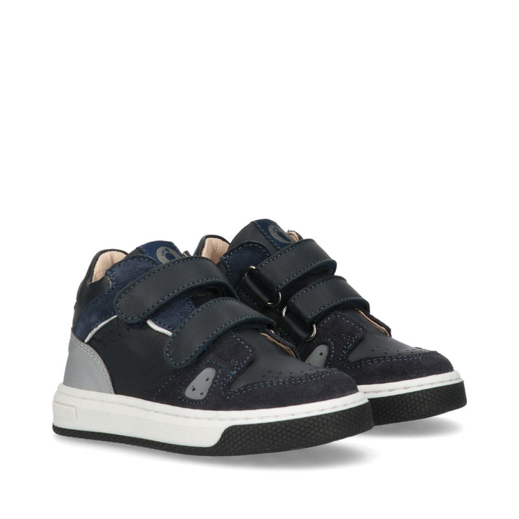 Sneakers Walkey in crosta blu con dettagli catarinfrangenti Y1B4-40807-0221800-
