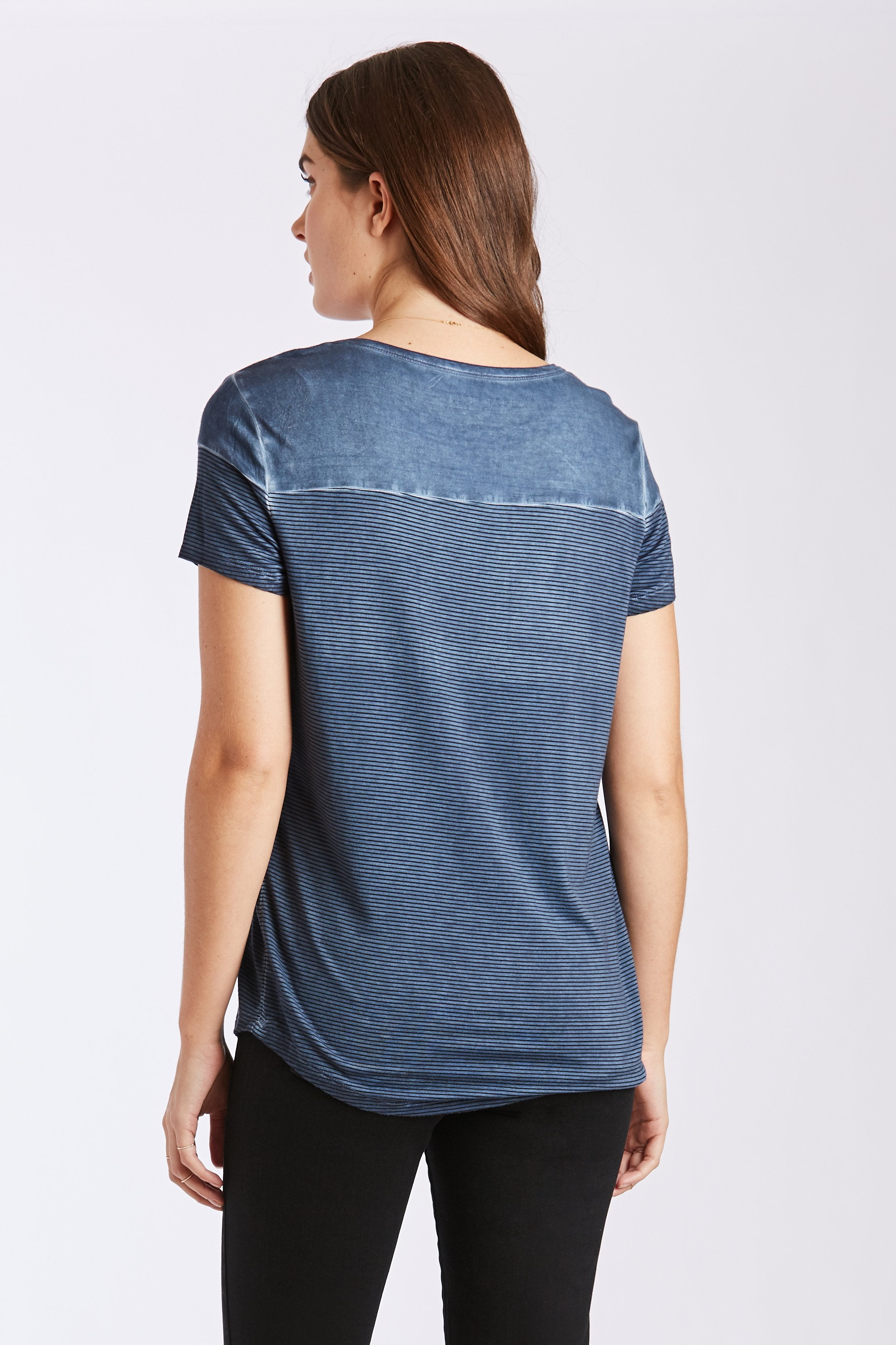 ZURI POCKET TEE