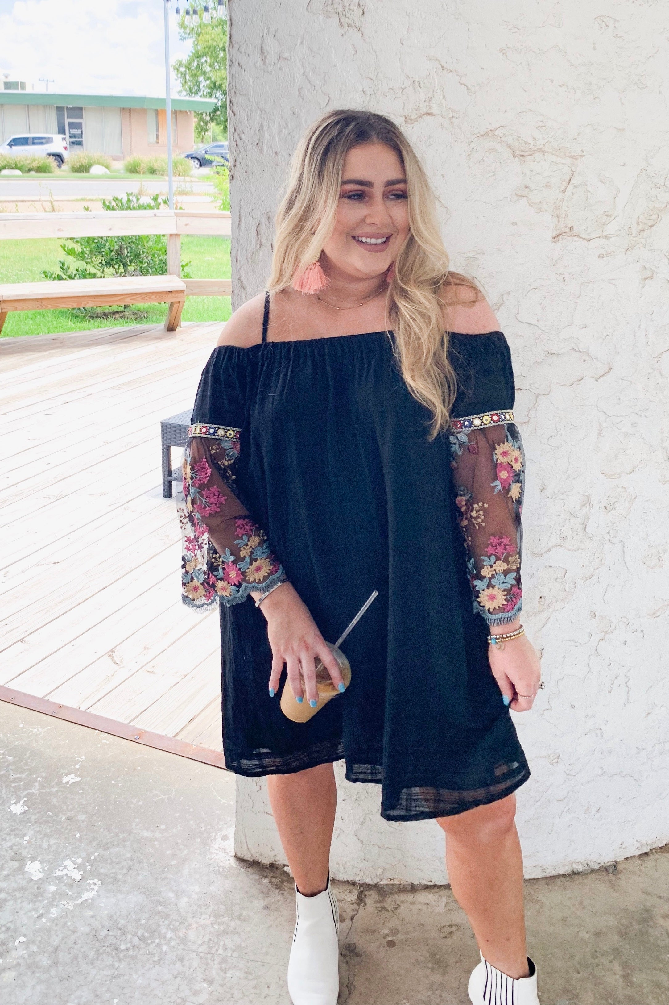 OFF SHOULDER MESH/FLORAL SLV DR