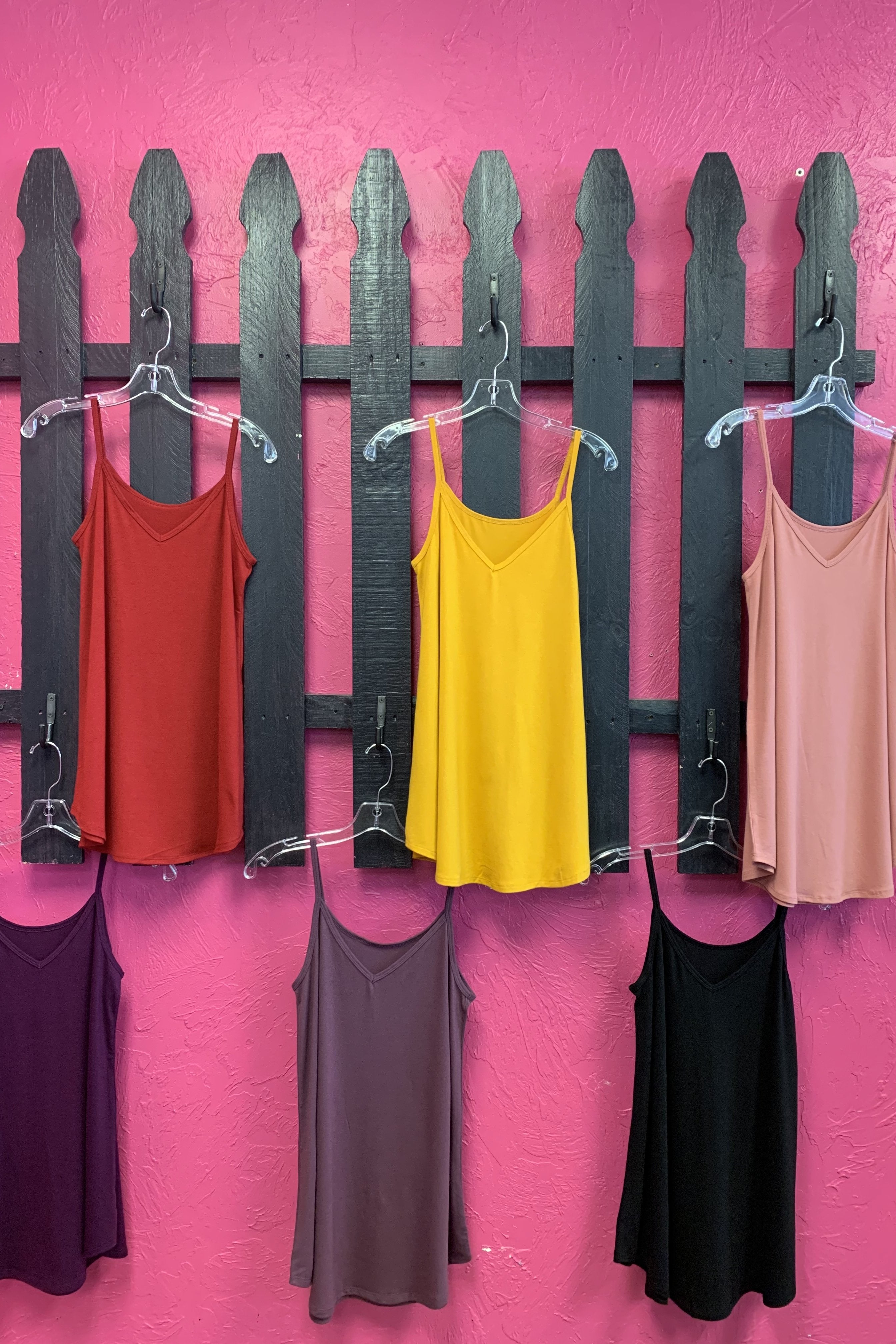 REVERSIBLE NECK FLOWY CAMI