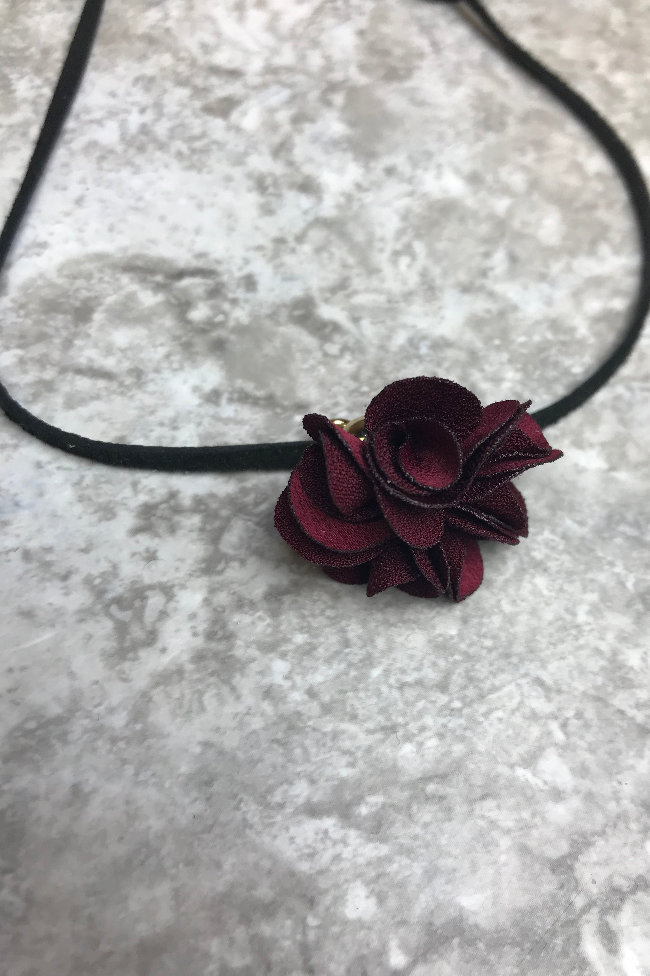 Red Rose Leather Choker