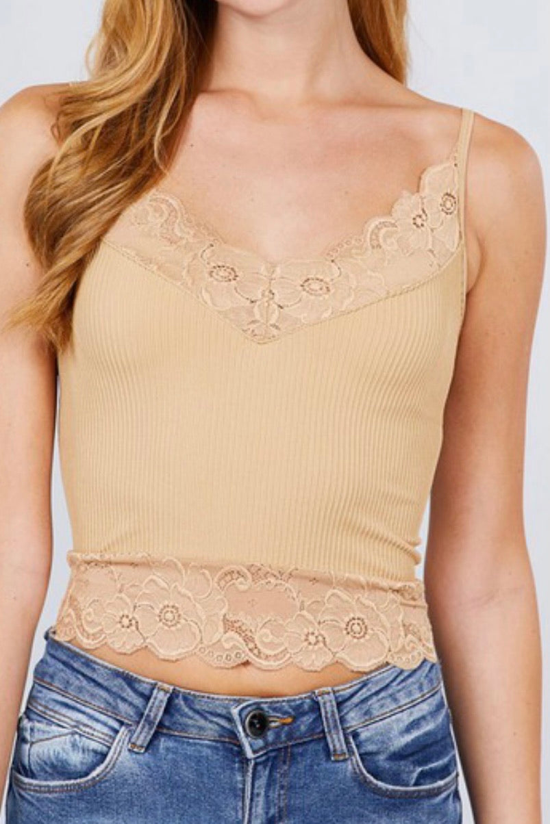 LACE TRIM RIBBED CROP CAMI
