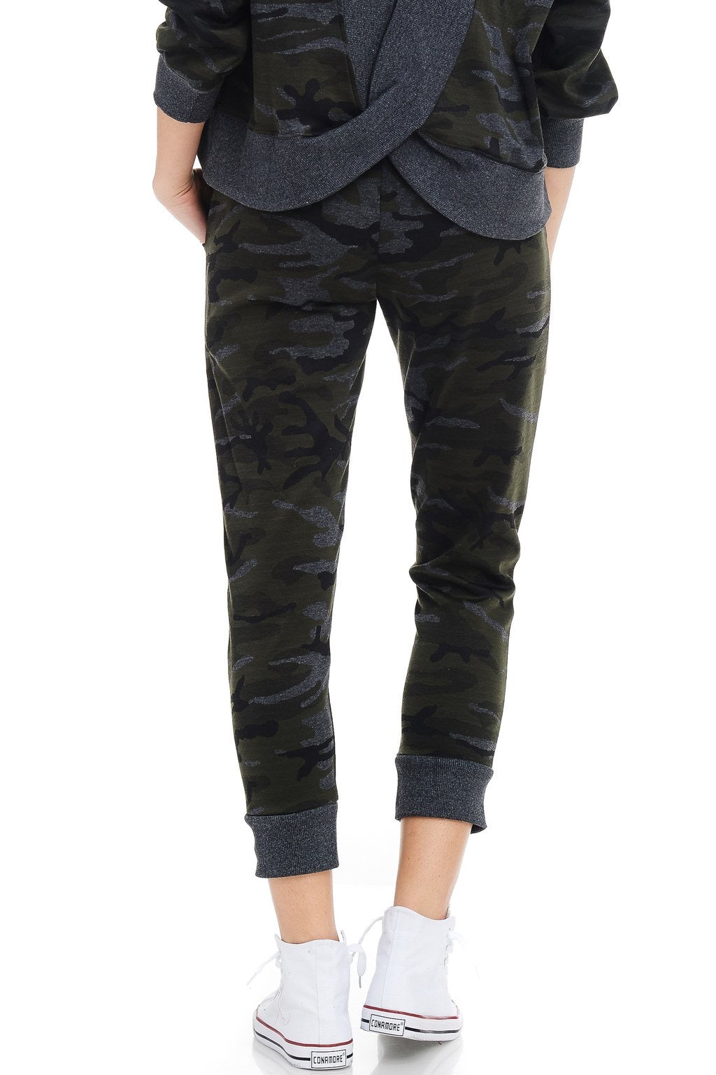PULL ON CAMO KNIT JOGGER