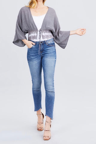 3/4 SLEEVE CROP KIMONO WITH TIE FRONT & LACE HEM