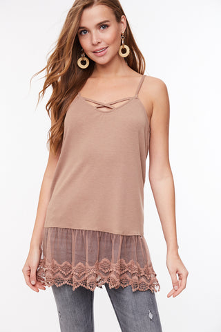 RIBBED KNIT CAMI WITH LACE HEM
